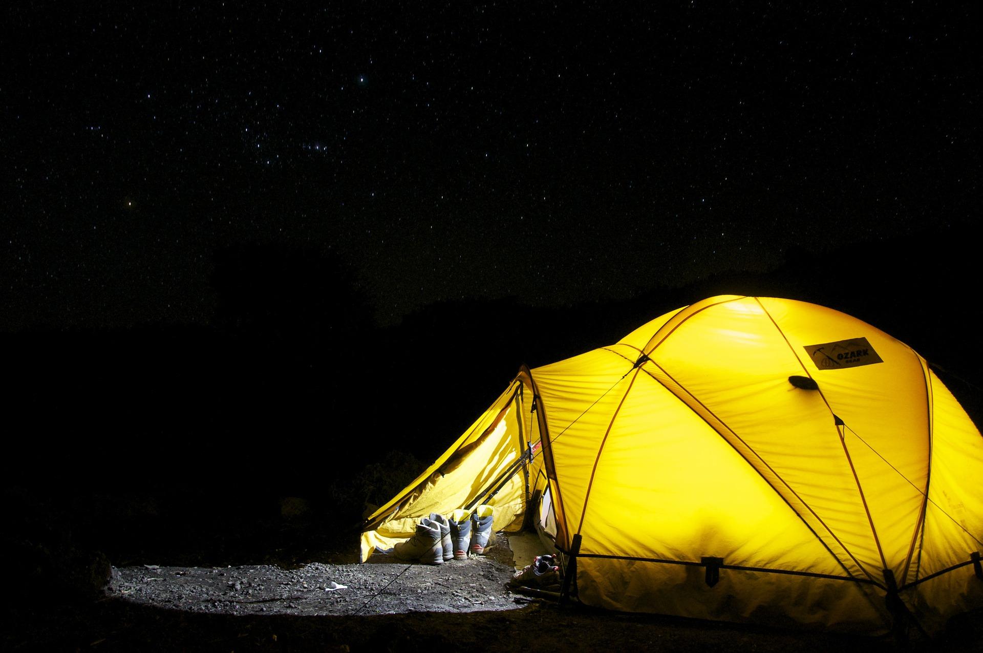 ve-25-tent-548022_1920