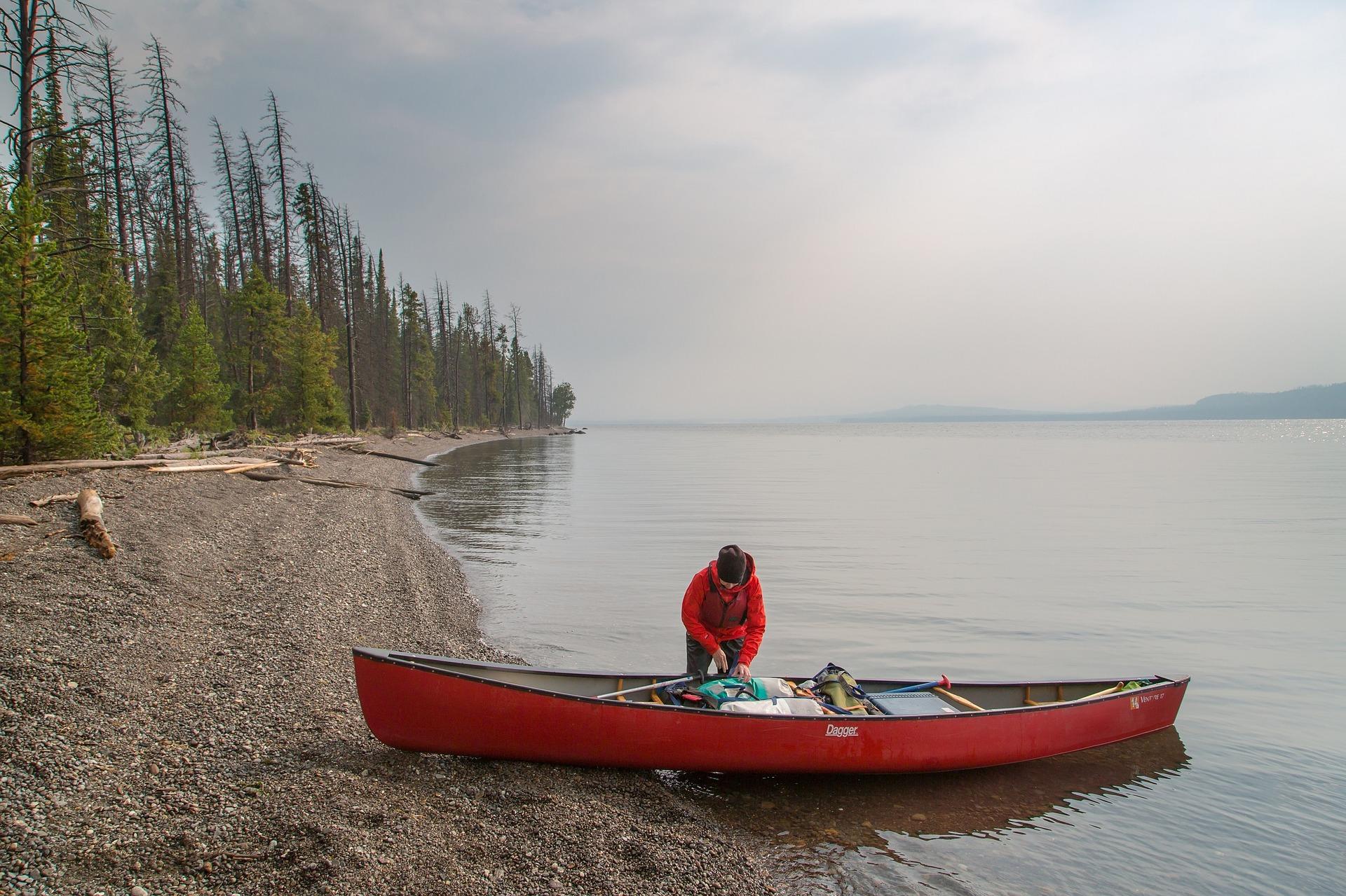 canoeist-1405977_1920